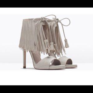 Zara size 39 fringe cream suede shoes shoes